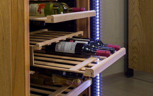 Retractable shelves
